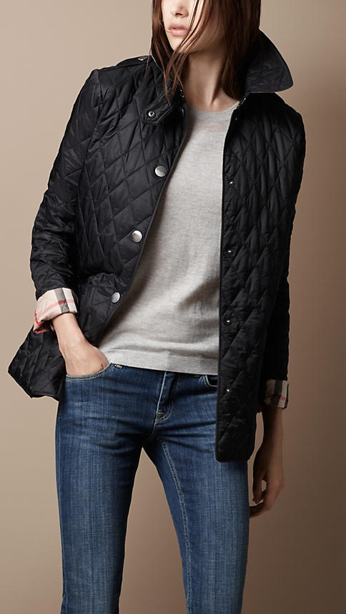 88 best Burberry images on Pinterest | Pashminas, 40th anniversary ... : burberry diamond quilted jacket - Adamdwight.com