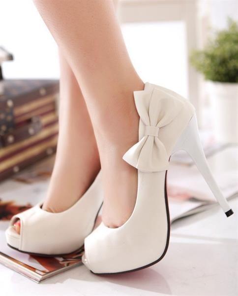 Туфли на высоком каблуке с бантом