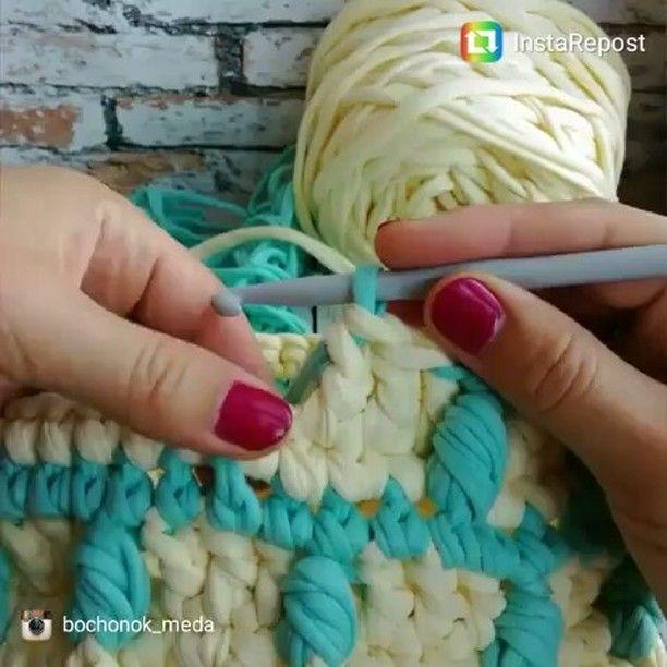 いいね!124件、コメント5件 ― Natália Salgadoさん(@_nataliasalgado)のInstagramアカウント: 「Olha que dica legal essa. Dá pra você criar e reinventar o crochê de acordo com sua criatividade. 😉…」