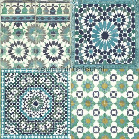 Marokkaanse tegels blauw turquoise behang BA2503, uit de collectie Botanical van Dutch Wallcoverings, verkrijgbaar bij kleurmijninterieur