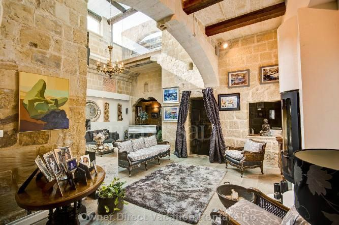 Fantastic HOUSE OF CHARACTER in Zebbug (Malta), Europe retains all the old time features yet has modern commodities offering a bright and spacious home for the discerning.