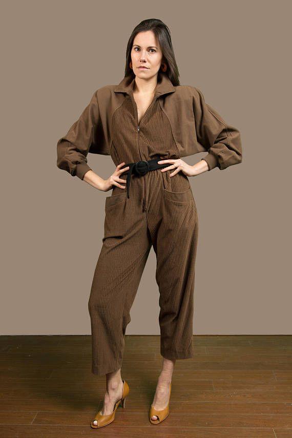 00f26833b9b9b This is an incredible vintage brown corduroy jumpsuit. Made in Canada by  Regency. Shoulder