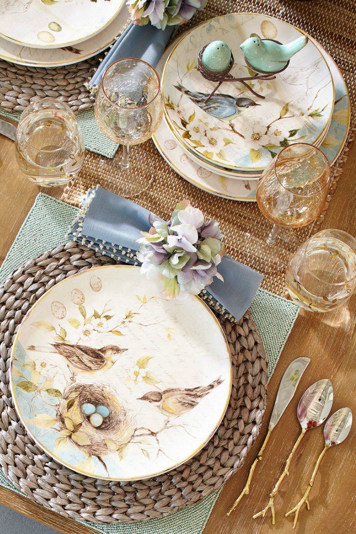 Have you seen the Field Notes Bird Dinnerware from Pier 1? Love these amazing nature inspired dishes for setting a pretty spring and summer table! (aff.link)