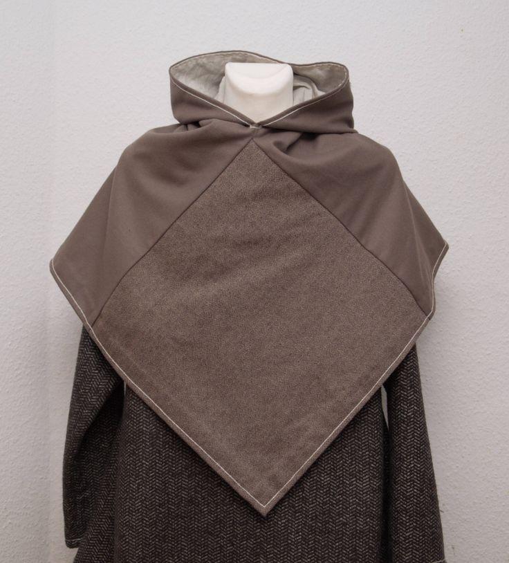 die besten 25 mittelalter cape ideen auf pinterest mittelalter kleidung kaufen umhang mit. Black Bedroom Furniture Sets. Home Design Ideas