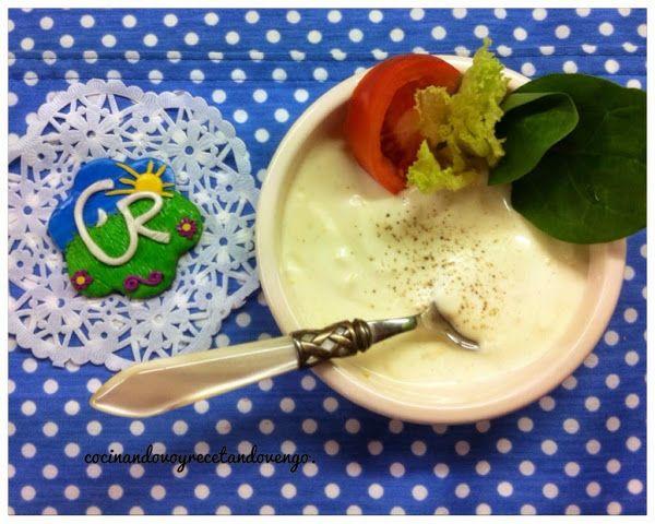 ¿Te gustaría aderezar tus ensaladas y platos con una salsa ligera? Salsa de Yogurt: la receta.