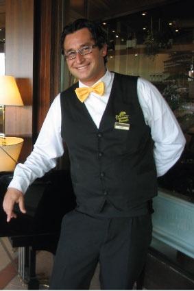 Luigi - Restaurant Waiter