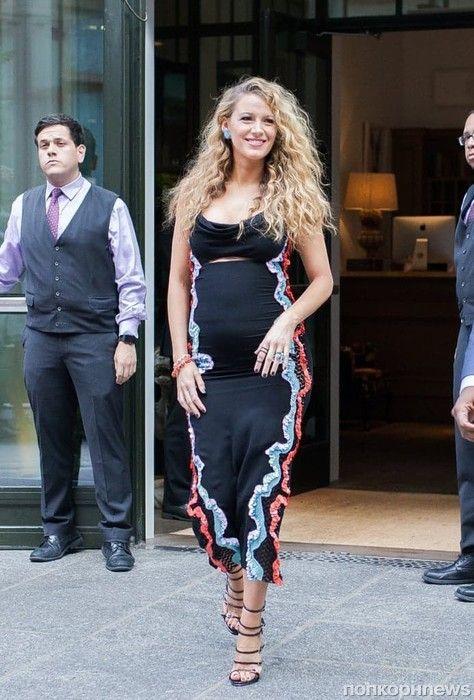 Беременная Блейк Лайвли продолжает носить 12-сантиметровые каблуки