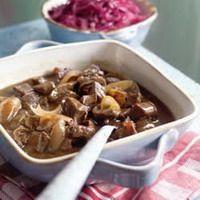Hachee is een echt Hollands stoof- en vlees gerecht en van velen is dit een favoriet. Nergens zo lekker als vroeger thuis, toch?