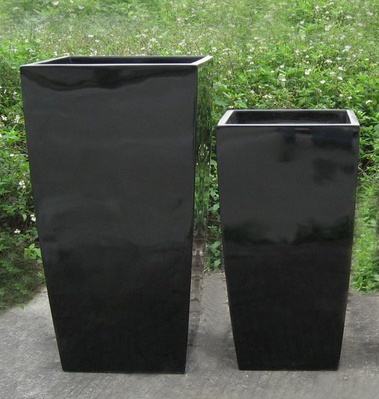 Large Black Wedge Indoor Outdoor Planter Home Garden Office Plant Pot Box    Good For The