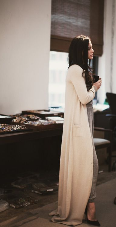 Long Dresses, Fashion Shoes, Style, Clothing, Around The House, Long Sweaters, Floors Length, Girls Fashion, Long Cardigans