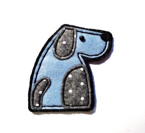 Pejsek Mojmír v modré
