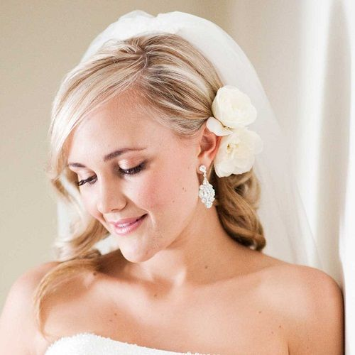 Side Hairstyles with Veil and flower   Wedding Hairstyles for Medium Length Hair with Veil and Flowers Images