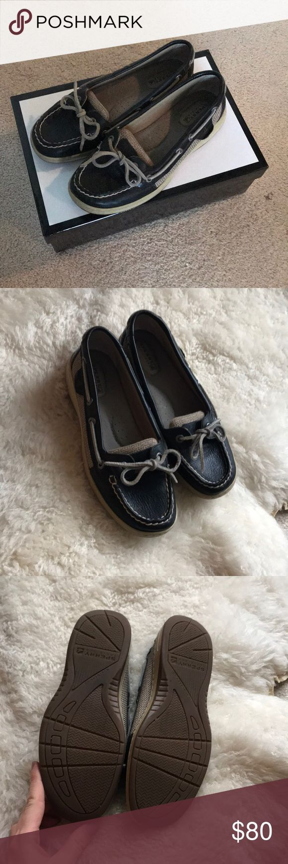 Sperry black boat shoes These like new black leather boat shoes are your new favorite shoe! Worn once and were too small. Sperry Top-Sider Shoes Flats & Loafers