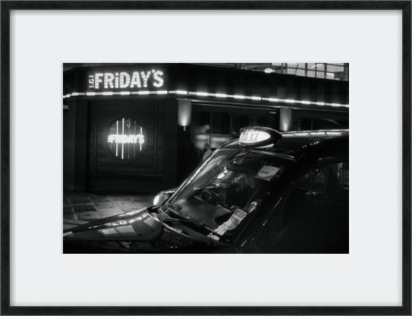 TGI FRIDAY'S - Original and unique, fine art London urban street photography prints - living room, home decor wall art.   PAPER TYPE: Fuji C-type Matt on quality, archival professional paper. OTHER PAPERS AND FINISHES AVAILABLE.   SIZES: 16 x 12"