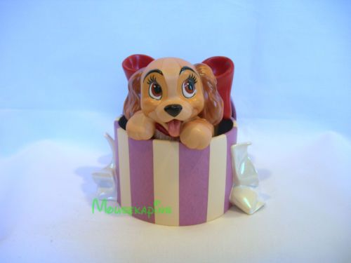 Lady-Tramp-dog-LADY-in-the-HAT-BOX-Disney-WDCC-1999-Sculpture-COA-Figurine