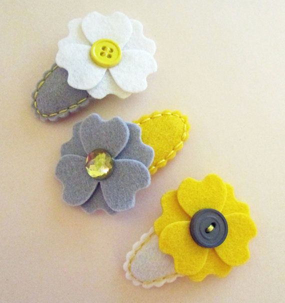 MY SUNSHINE. YELLOW. 3 Felt Hair Clips. Made With by ThePrettyOwl