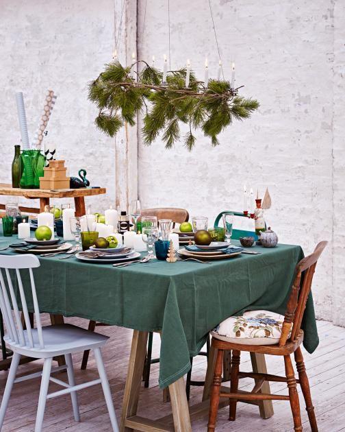 die besten 25 weihnachtstafel dekorieren ideen auf. Black Bedroom Furniture Sets. Home Design Ideas