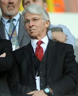 Dick Law to step down as Arsenal transfer negotiator this september  Dick Law Arsenal's transfer negotiator has decided to step down from his position at the end of this month.  Dick Law  The Gunners have confirmed that Dick Law will leave the job and is set to return home to the United States for family reasons. Law who previously worked as a scout in South America scouted Gilberto Silva and Carlos Vela to the club.He has been in charge of Arsenal's transfers for eight years and although he…