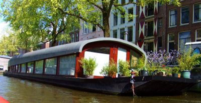 House boat 6