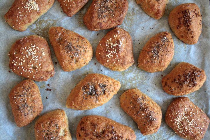 Gluten free breakfast buns bread   Glutenfrie fiber morgen boller med frø og kerner