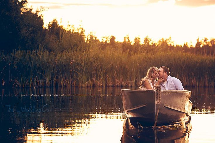 You and me go fishing in the dark - Couples Photography