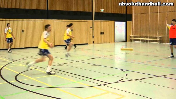 Handball backcourt decision training