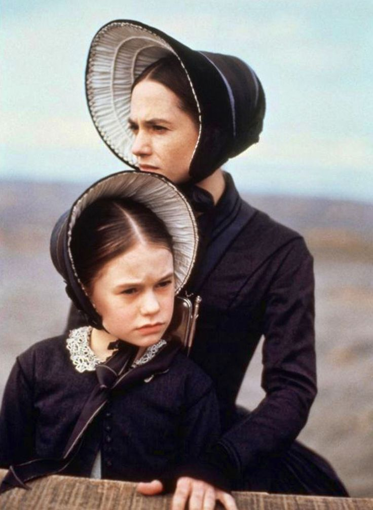 "Anna Paquin & Holly Hunter, ""The Piano"", 1993 movie costumes"