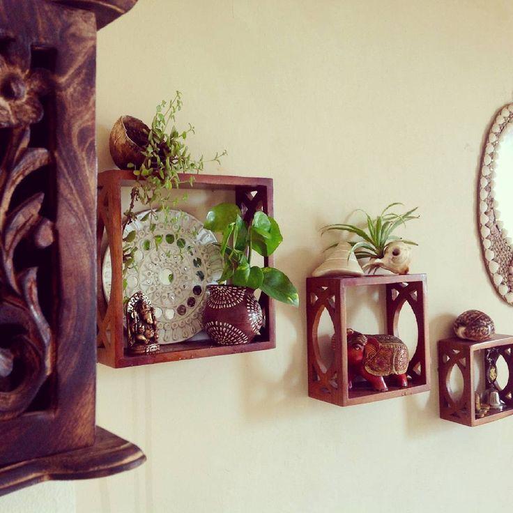 Shelfie love!! Wall shelves in my home office are all decked up for monsoon. . #shelfie #wallshelf #walldecor #shelfielove #shelves #decor #livingroom #livingroomdecor #myhome #pocketofmyhome #homeoffice #workspace #decorblogger #bohovibes #bohochic #jung