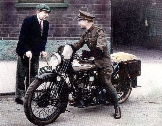 Lawrence on his Brough Superior UL 656 talking to George Brough, October 1930.