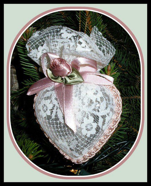 Victorian Lace Heart Christmas Ornament Tutorial