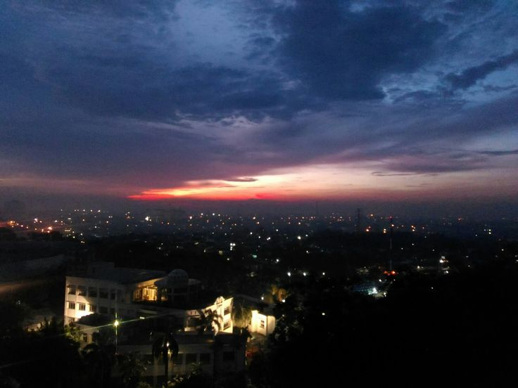 When the moon said goodbye, and the sun smile brightly. Jakarta has wonderful view.