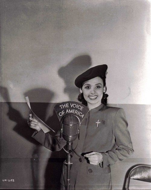 Lena Horne broadcasting to the world on Voice of America, c1943 http://en.wikipedia.org/wiki/Voice_of_America#World_War_II:_VOA_Begins