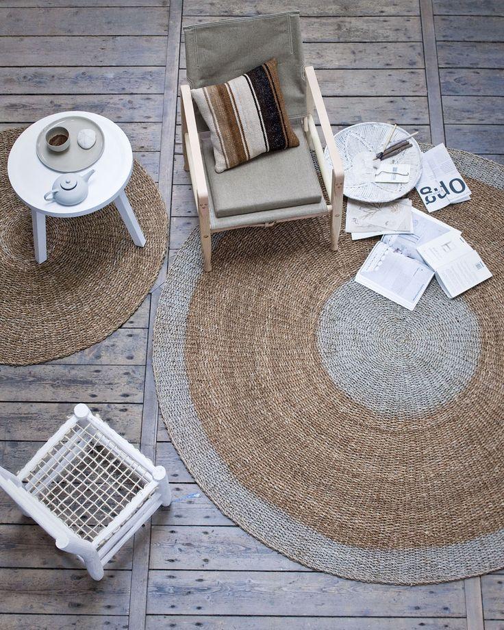 Round natural fiber rugs