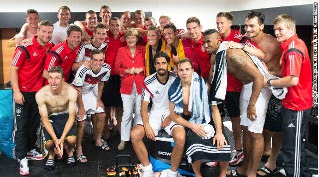 Merkel con Alemania Team