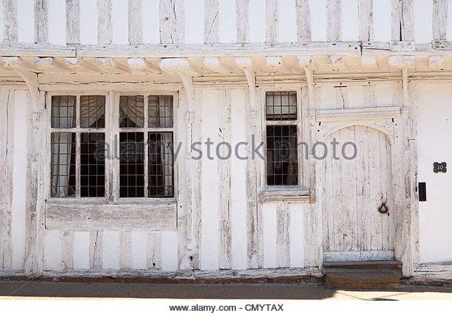 http://l7.alamy.com/zooms/45997e78497146c4bfd1c189b9e0bca0/door-and-windows-on-a-medieval-tudor-building-lady-street-in-lavenham-cmytax.jpg