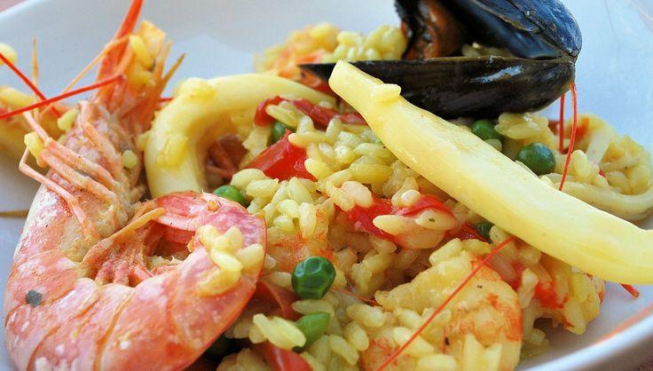 Paella di pesce o paella de pescado, ricetta tradizionale