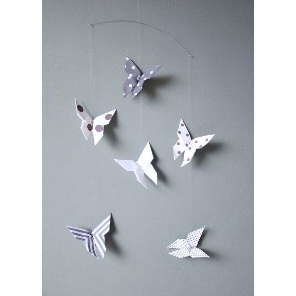 Mobile bébé papillons pom