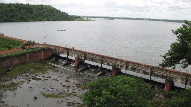 Monsoon Resurrection ~Kerwa Dam, Bhopal~  A popular weekend getaway among the Bhopalis, Kerwa could be the place you seek to de-stress. Lying beside a tranquil water body at dusk would be all to assert goodbye to a hectic day and relax your mind, body and soul! #mptravelogue #madhyapradesh #bhopal #closetonature #rejuvenate