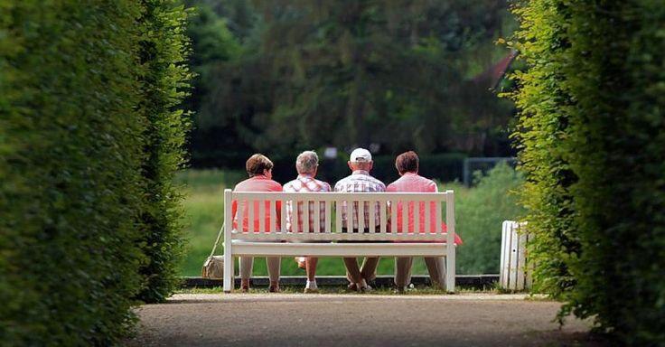 So viele wie seit 2000 nicht mehr - Wegen Rente mit 63: Knapp 700.000 Personen gingen 2015 ohne Abschlag in Pension - http://ift.tt/2cLNNgD