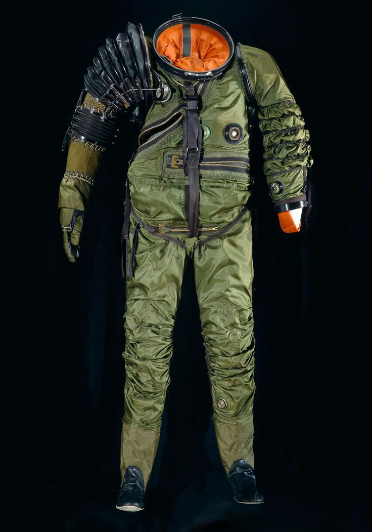 REFERENTES: Diseño Traje  Smithsonian Space Suit Collection.