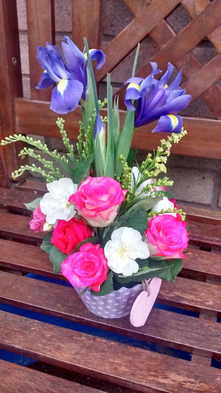 Birthday bouquet of rose and iris made with OASIS® Floral Cupcake in Lilac Dot design