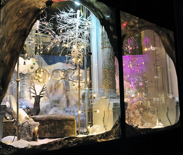 In Pursuit Of Magic: ABC Homes 2012 Holiday Windows