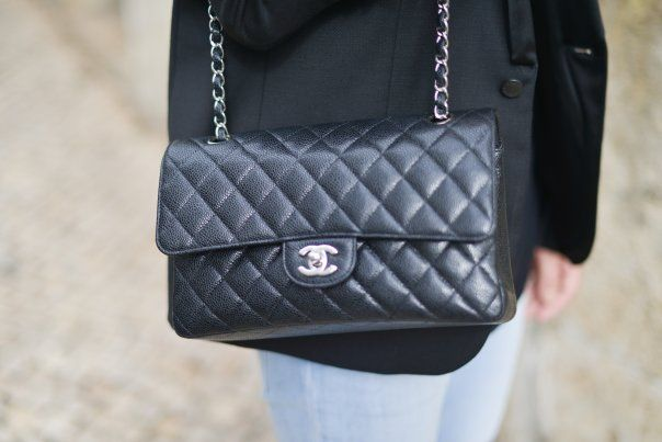 best 25 sac chanel ideas on pinterest channel bags chanel boy and chanel boy bag. Black Bedroom Furniture Sets. Home Design Ideas