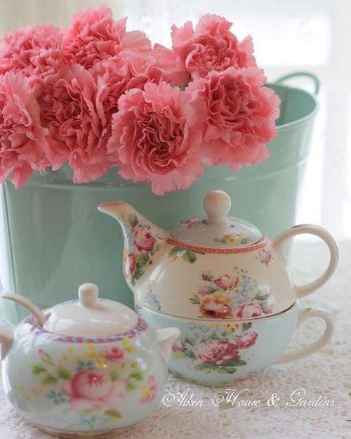 ♥~ Tea For One & Small Tea Pot ~♥