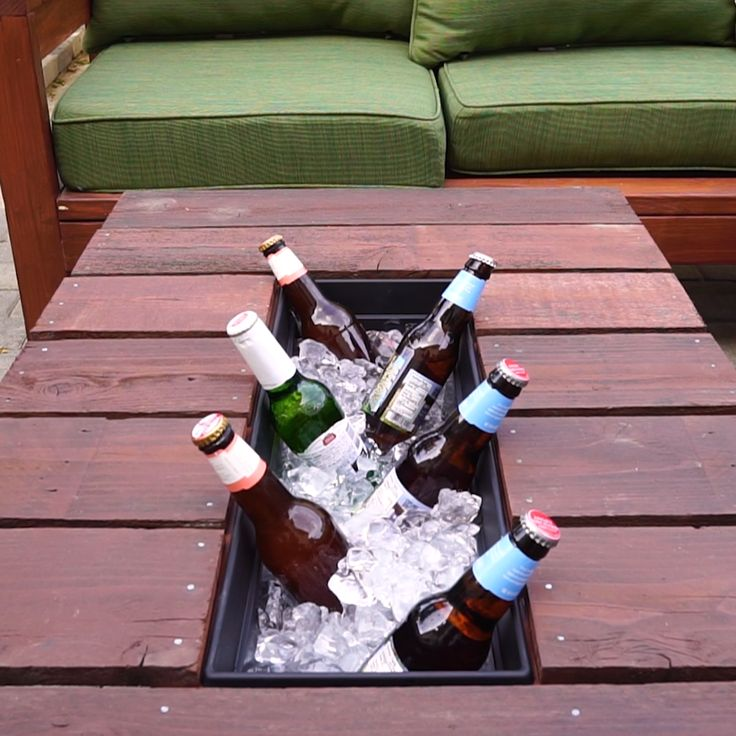 Outdoor Patio Table Cooler // #outdoors #patio #cooler #outside #diy #Nifty