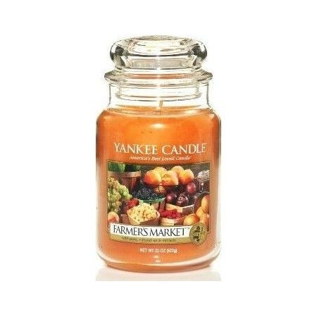 Enjoy the fresh summery scent of walking through a Farmer's Market with this USA Yankee Candle.  Filled with the essence of sweet berries, apples, peaches and spices, this fragrance truly is sun