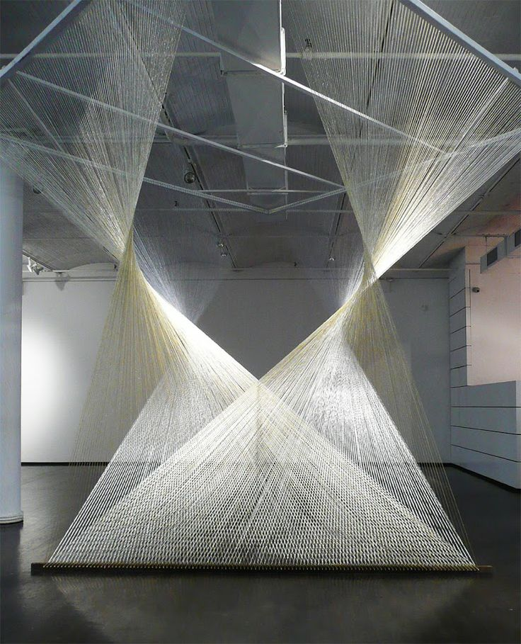 Steve Maciver Nexus, 6 miles of gold and silver yarn, 10.6 x 10.6 x 10.6 feet