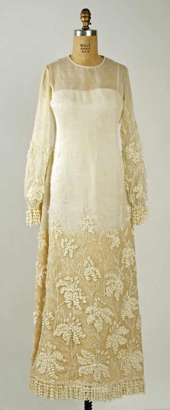 "1964 wedding dress by Marc Bohan, House of Dior.  Label: ""Christian Dior - Paris/Spring-Summer 1964/Made in France 123911.""  Bia MMA."