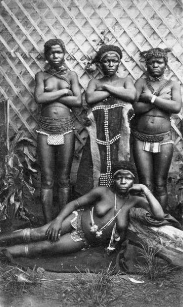 Africa | Zulu women, South Africa.  ca. 1880 | ©William Harry Caney