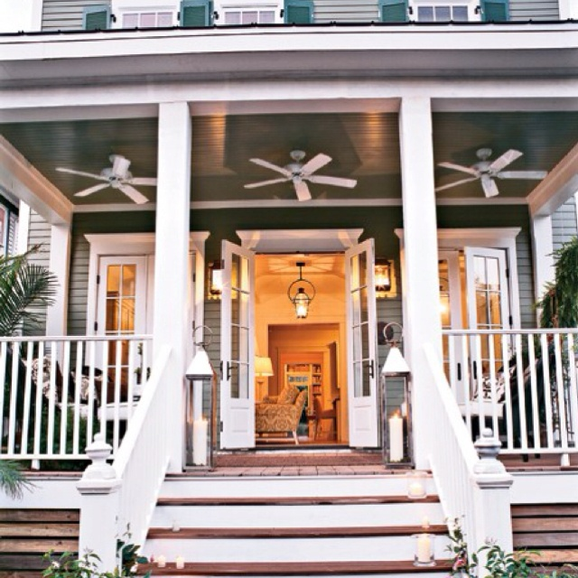 Wrap Around Porch With Ceiling Fans Delightfully Southern